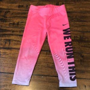 Nike Dri-fit 3T girls pink leggings